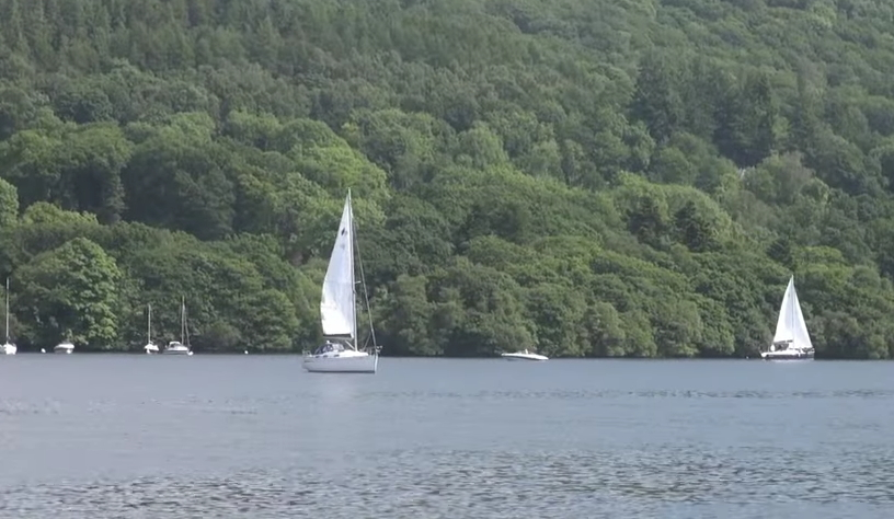 イギリス 湖水地方の遊覧船