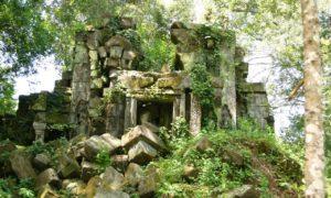 カンボジアのベンメリア遺跡
