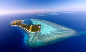 神の宿る島、マナ島 フィジー