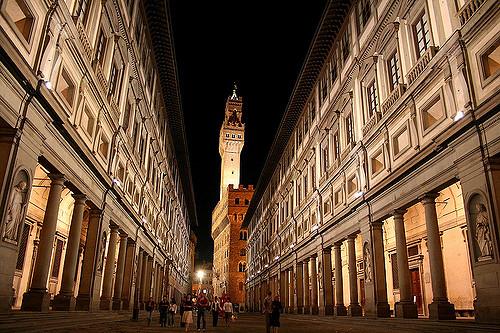 ルネッサンス時代のウフィッツィ美術館(Galleria degli Uffizi)へ歴史の旅