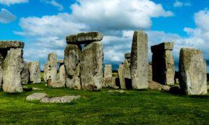 謎の巨石群、ストーンヘンジ